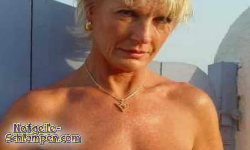 Reife Blondine sucht Mann für Dates